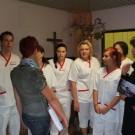 Rundgang mit den neuen Azubis - Frau Seifert und ihre Stellvertretung und Praxisanleiterin Frau Menzel